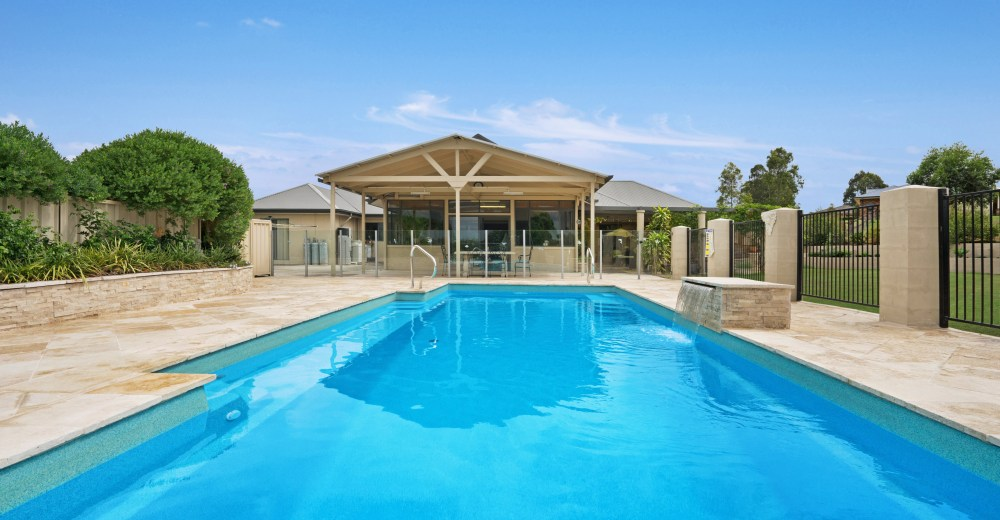 Concrete or fibreglass pool which is the best for Fibreglass pools vs concrete pools