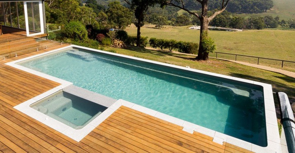 Are fibreglass infinity pools possible naughtons pools for Pool design 101